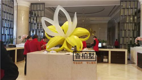 简约现代   酒店大堂室外景观装饰艺术品   透明树脂仿真花艺摆件