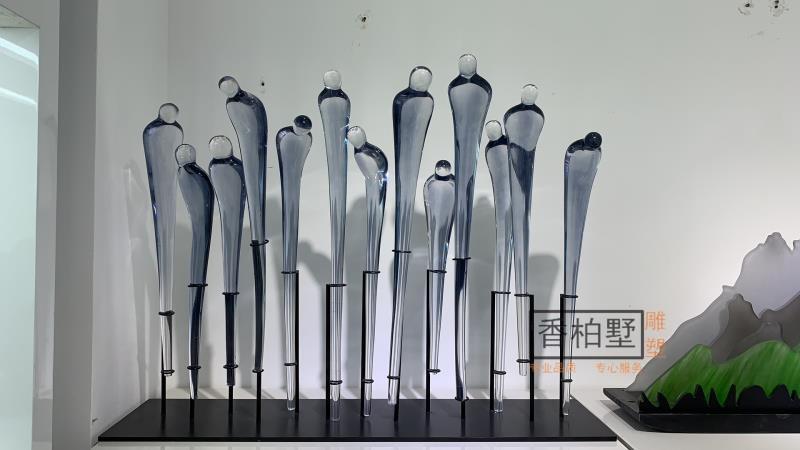简约现代创意人型透明树脂铁艺酒店家居软装饰品雕塑摆件落地艺术
