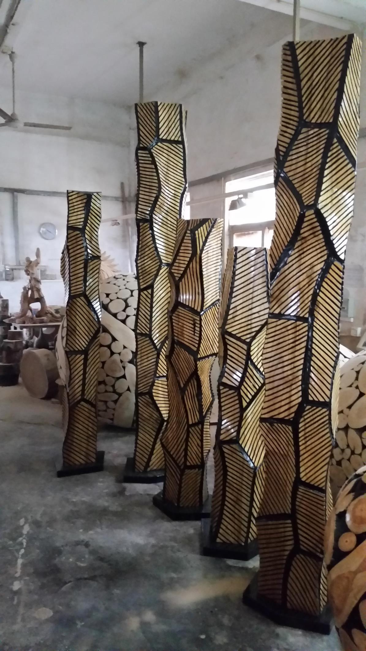 实木雕刻木柱